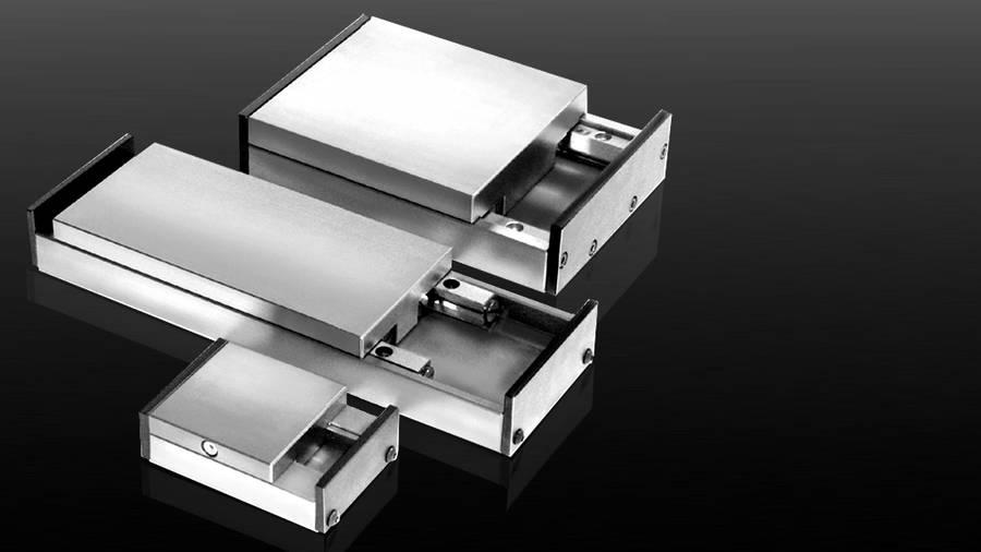 Schlitten Typ E mit montierten Endplatten | IEF-Werner