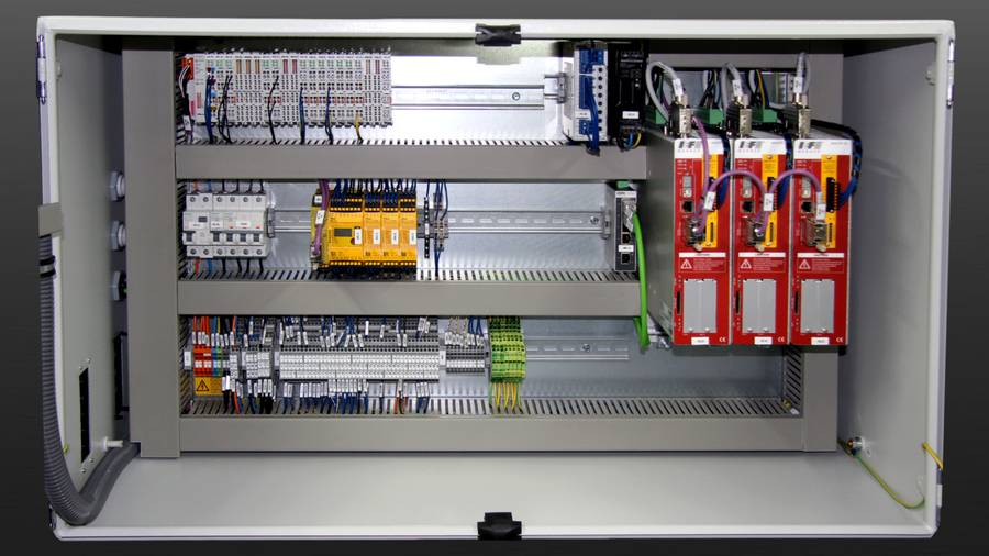 Control cabinets | IEF-Werner