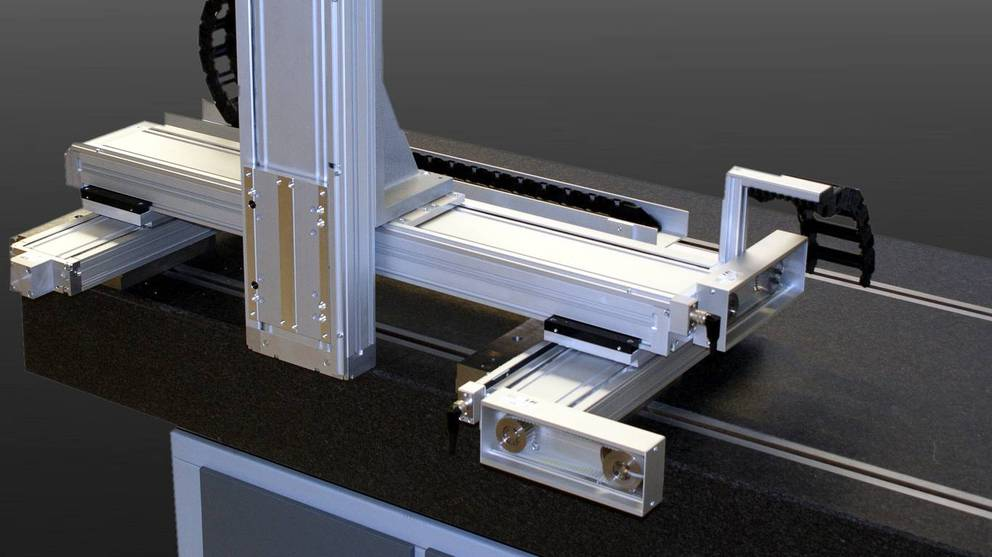 3-axis portal system profiLINE for the provision of parts for the application of a printed image