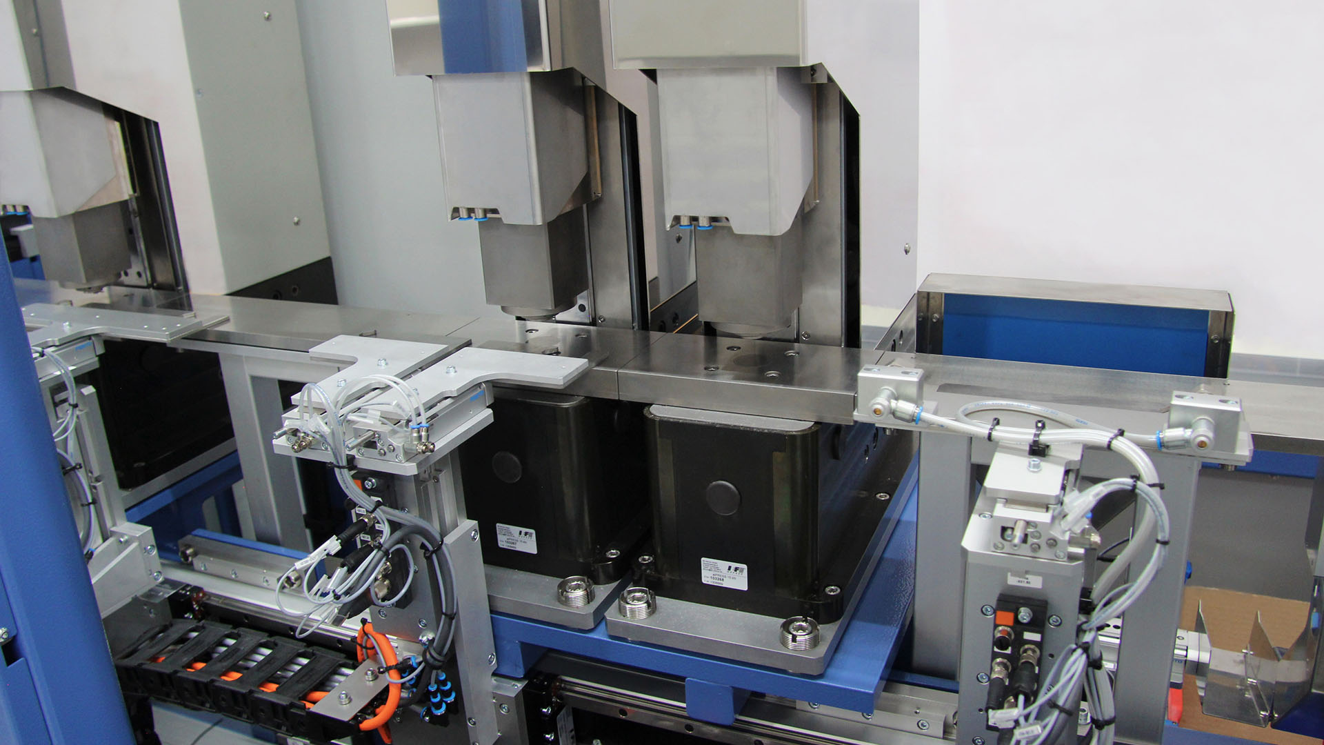 Testing system for springs | IEF-Werner